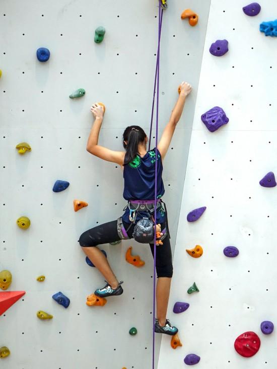climbing-480459_1280