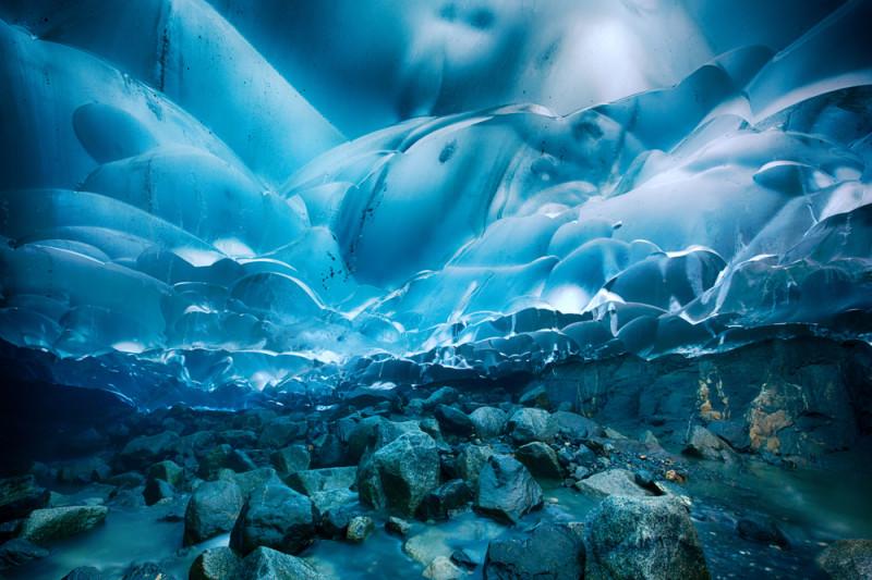 Mendenhall-cave-alaska-e1457896391807